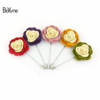 BoYuTe 10Pcs 고품질의 꽃 브로치 도매 20 색 수제 패브릭 남자 웨딩 옷깃 핀 패션 쥬얼리