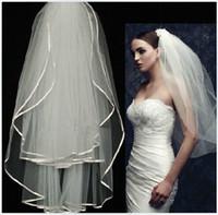 Mais barato branco ou marfim 2 camadas dois ninhados véus noiva eventos de casamento acessórios com fita de cetim barato véu nupcial 80cm novo