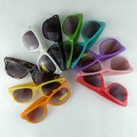 키즈 선글라스 10 캔디 색상 어린이 태양 안경 아기 복고풍 패션 그늘 클래식 여행자 프레임 안경 UV400