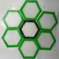 """Qualità FDA food grade riutilizzabile non stick concentrato bho cera slick oil Forma esagonale resistente al calore in fibra di vetro 5 """"silicone stuoia di cottura"""
