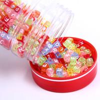 1000 pezzi simpatico cubo assortiti perline acriliche alfabeto colorato lettera 6 mm con fori da 4 mm