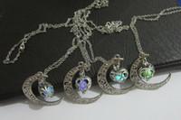 مجوهرات توهج الظلام يمكن فتح المعلقات قلادة جوفاء القمر القلب قلادة ضوء حبة مضيئة الخرز قلادة هدية