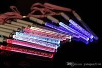 Venda quente Brinquedos de Natal LEVOU Elogio Incandescência Varas Acrílico Bolha Flash Wand Para Crianças Brinquedos Concert Bar Disco Party Supplies