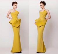 Vestidos de noche de estilo árabe árabe amarillo 2016 vaina acanalada satén vestido de fiesta longitud del piso de la cremallera espalda Vestidos de fiesta vestido del desfile