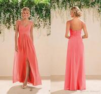 2020 Coral Beach Brautjungfern Kleider Chiffon Lange Eine Linie Perlen Spaghetti Riemen Kristalle Split Prom Kleider Günstige Brautjungfer Kleid