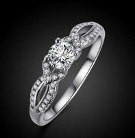 2CT ROUND-CUT ISICERAD CZ DIAMON DIAMOND SOLITAIRE ENGAGEMENT RING 10K Vitguld fylld