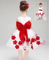 Robes demoiselle d'honneur avec équipage fermeture éclair dos appliques ceinture fleurs longueur genou robes de reconstitution historique pour les filles nouvelles robes de demoiselle