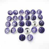 Vente chaude 26 pcs / lot Violet Alphabet A-Z Lettres Snap Boutons Pour 18mm Snap Collier BraceletBangles DIY Snap Bijoux Pendentif Charmes