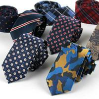Ocio Restaurar formas antiguas Lazo 145 * 6cm Versión estrecha de algodón lino Corbata 22 colores La corbata de los hombres para corbata de negocios de los hombres Regalo de Navidad