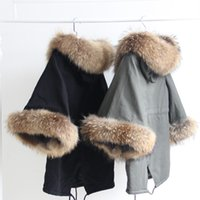 Real raccoon furs Ladies leisure coat cape & Poncho Women Lo...