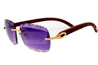 العدسة المباشرة النقش الرقصات، نظارات شمسية منحوتة جودة عالية 8300765 الناحية الطبيعية النقية منحوتة الساقين خشبية النظارات الشمسية بارد، الحجم: 56-18-135mm