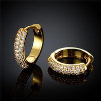 2015 Ny design 18K guldpläterad swiss cz diamant liten hoop örhängen mode smycken gratis frakt Vacker bröllopsgåva till sexig kvinna