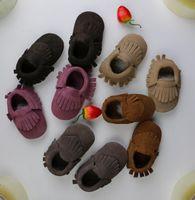 Top 2015 neue Baby Wildleder echte Kuh Leder Mokassins erste Wanderer Anti-Rutsch-Schuhe weiche Fransen Moccs 5 Farbe Jungen Mädchen Mokassins 28pairs
