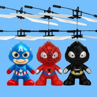 Cartoon Air RC Flying Ball 3 stili Hero Batman Spiderman Capitan Flying Ball America Super Hero Bambini Adolescenti Giocattoli volanti