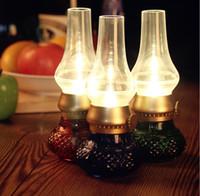 ノスタルジアの吹き込み防止対照抗灯油LEDランプ、USB充電レトロなベッドサイドランプ、ガラスキャンドルインテリジェントセンサーナイトライト