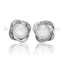 Eleganti orecchini da sposa 18K GP Stud torsione CZ Perla con torsione per orecchie traforate 1 paio con confezione regalo