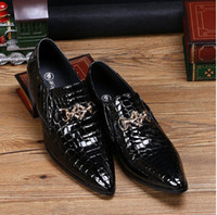2016 Top Luxury Italy Brand Fashion Uomo mocassini a punta 100% in vera  pelle scarpe 70b35af015c
