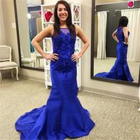 로얄 블루 머메이드 공식적인 이브닝 드레스 2019 쉬어 넥 레이스 아플리케 민소매 롱 드레스 드레스 아랍어 두바이 특별 행사 가운