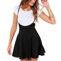 Wholesale- Frauen Schwarzer Rock mit Schulterriemen Faltenrock Halter Röcke mit hoher Taille Minirock Schule