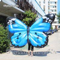 Ala gonfiabile di camminata su misura della farfalla di esplosione del costume gonfiabile di camminata su misura costume di prestazione 2m per la parata di festa e la manifestazione della fase