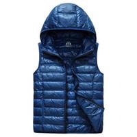 2018 العلامة التجارية في فصل الشتاء سترة الرجال سترة معطف أسفل القطن الرجال مقنع عادية في الفراء سترات صدرية