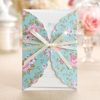 Tarjetas de invitación de boda de flor romántica Invitaciones de fiesta de corte con láser con cinta