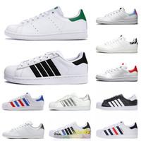 Adidas Stan Smith وصول جديدة رخيصة الرجال الكلاسيكية شقة أحذية عارضة ستان سميث مدرب أوريو الثلاثي الأبيض احذية OFF نساء الأحمر أحذية فاخر مصمم