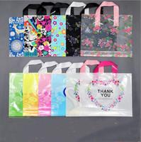 50pcs / lot cadeau Emballage plastique sac 30 * 25cm avec poignée de fleurs Cartoon mignon sac cadeau grand panier Party tissu bonbons Emballage Sacs XD22637