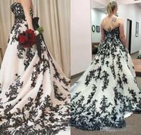 Vintage robe de mariée gothique noire et blanche 2020 taille plus bretelles balayer train corset pays western cowgirl robe de mariée