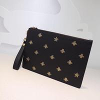 erkek cüzdan çanta Erkekler Debriyaj Çanta moda çanta arılar hakiki deri çanta boyutu W31 * h21cm modeli 495.066 İşlemeli