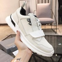 2019 TOP p Man Woman Designer Shoe Black White Bounce Sneake...