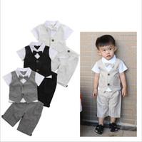 بنين السادة أطفال بذلات مصمم الملابس الإضافية طفل كم قصير مخطط بلايز السراويل والملابس مجموعات ربطة الصدرية القميص سروال الزي C5383
