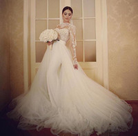 Берта Свадебные свадебные платья над юбкой Две чашки Формальные свадебные платья с длинными кружевами рукава экипажа шеи отверстие из спинки платье