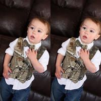 2021 Modest Camouflage Boy Porter Petit garçon Hunter Hunter Slim Fit Hommes Costume Vest (Vest + Bow) Country Wedding Robe Tailor Fabriqué
