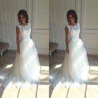 2020 New Cheap Lace Wedding Dresses Beach Sheer Jewel Neck Appliques Lace Wedding Dress Backless Bridal Gowns Robe de mariee BM1509