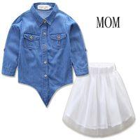 Jeans manga comprida T-shirt 2020 Primavera-Verão Outfit Pai-filho vestido de terno bonito + Gaze saia 2PCS Define Mon-filha Outfits Suit E21905