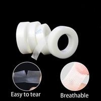 Estensione del ciglio di trucco Tape PE traspirante facile da strappare Micropore nastro professionale del rifornimento di estensione ciglia a nastro Estensione