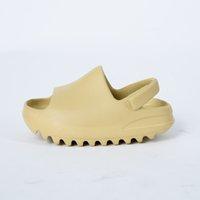 2020 Designer Kids Harz Knochen Erde Braun Wüste Sand Eva Foam Runner Kanye West Slides Kinder Rutschfeste Gebogene Bodenschuhe Sandalen