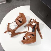 Designer Sandales hommage en cuir verni designer flip flops Plate-Forme Sandales Stiletto Femmes Chaussures 10/14 cm T-strap Talons Hauts Sandales