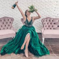 Donkergroen een lijn tule prom jurken diep v nek appliques kralen tiered rok homecoming jurk plus size vestidos de fiesta avonddek