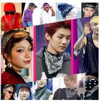 100% Baumwollmode Hip Hop Bandana Quadrat Schal 55cm * 55cm Schwarz Rot Paisley Stirnband Gedruckt Für Frauen / Männer / Jungen / Mädchen Freie Partymasken