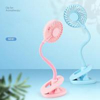 OOA8105 mini clip ventilador portátil Enfriar recargable ventilador de la mano con la luz llevada de escritorio coloridos de abanicos de luz Noche favor de partido 100pcs