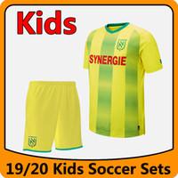 19 20 FC Nantes Kids 축구 세트 키트 2019 2020 FC Nantes 소년 축구 셔츠 유니폼 FC 낭트 청소년 축구 키트 실행 세트
