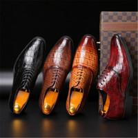 Cuero de la venta caliente genuino-dedo del pie acentuado formales Oxfords zapatos de fiesta zapatos de hombre vestido del estilo de Italia del patrón del cocodrilo macho boda de negocios