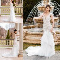 Elegante cuello en V vestidos de boda de la sirena Sleevless sin respaldo apliques de encaje sexy vestido de novia más el tamaño de Arabia Saudita