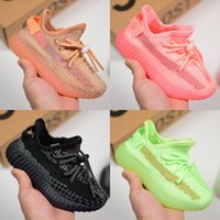 Cute Baby Kids Shoes Glow In The Dark Scarpe da corsa Static Sport Kanye West Sneakers Clay Designer Athletic Trainer con scatola