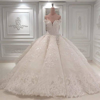 Vestido De Noiva Ball Gown Designer Abiti da sposa 2019 Off The Shoulder Cattedrale Treno Appliques in pizzo Abito da sposa per la Chiesa Custom Made