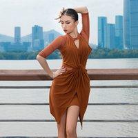 Vestido de la manga de la media manga de la manga de la etapa PISTRECIDO Vestido de una sola pieza de baile latino irregular para mujeres / mujeres, trajes de baile Performance MD20101