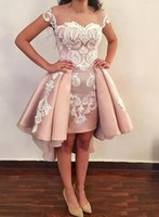 Dusty Pink Satin High Low Homecoming Jurken 2020 Off The Shoulder Cocktail Party Club Dragen White Appliques Short Graduation Prom Dresses