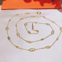 Geometría Caliente para Mujeres Carta Ronda H Lock Jewelry S925 Collar de plata Set Francia Calidad Superior Calidad Cadena de suéter de oro